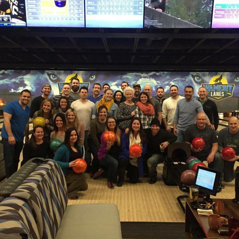 BowlingGroupOnLanes